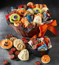 Halloween Ultimate Gift Basket